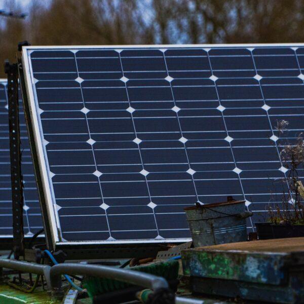 Hellingshoek van zonnepanelen